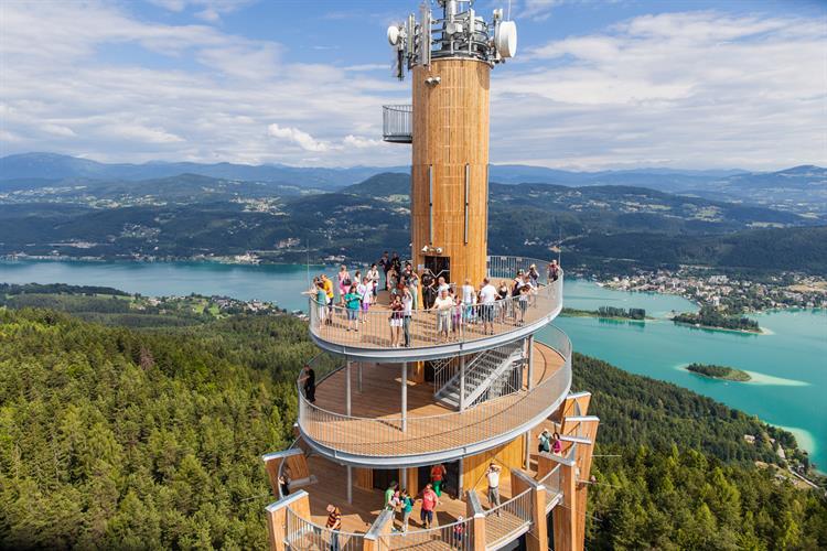 擁有超棒視野的奧地利餐廳!一邊享用美食一邊欣賞大自然的美景吧!